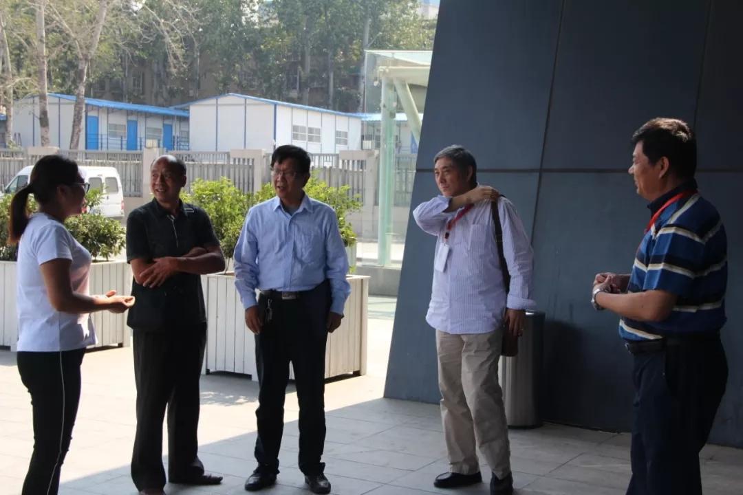 南京农业大学翟保平教授等领导一行莅临云飞科技走访调研